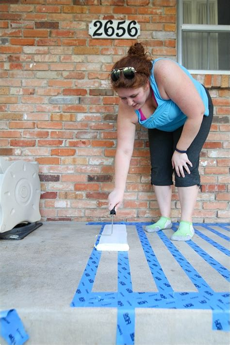 paint concretea patio makeover page  run
