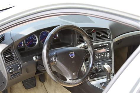 service manual how to fix cars 2006 volvo v70 interior lighting 2006 volvo v70 2 5t interior