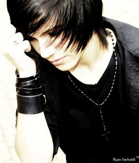 emo boy hair style emo hairstyles for trendy guys emo guys haircuts