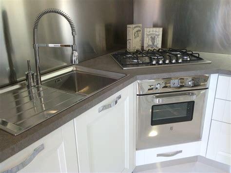 piano cottura ad angolo franke stosa cucine cucina beverly provenzale legno