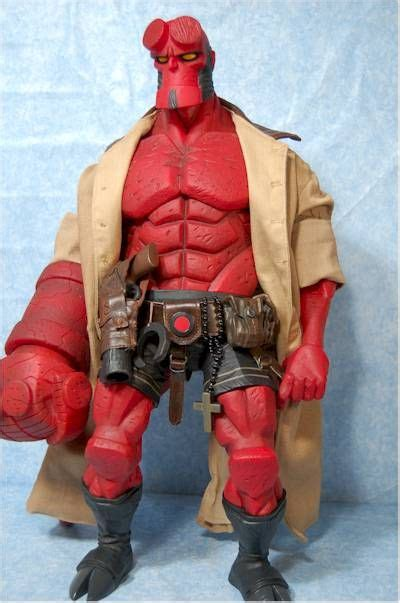 Hellboy 18 Inch Mezco mezco comic based 18 inch hellboy figure pouches figures and