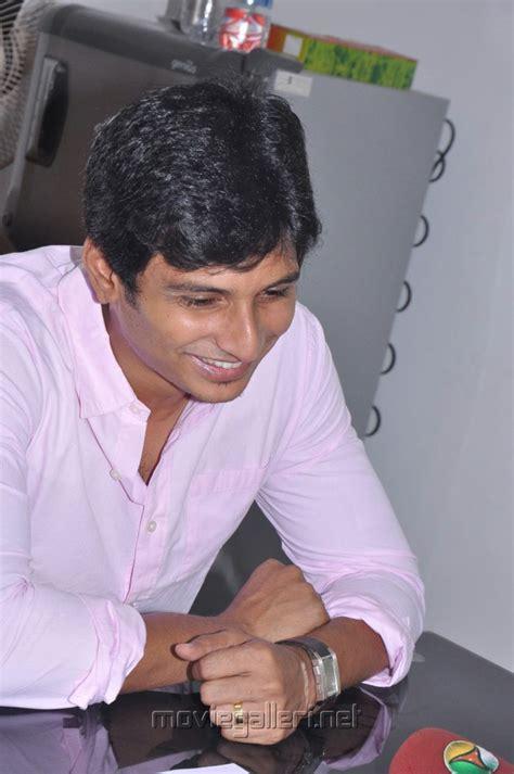 picture 251545 tamil actor jiiva press meet stills new
