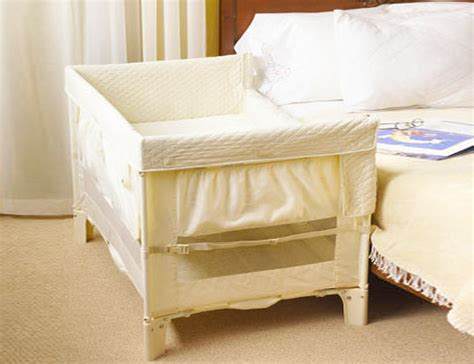 Inclined Co Sleeper by Safe Co Sleeping With The Arm S Reach Co Sleeper Inhabitots