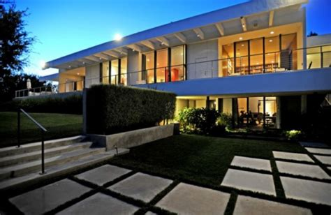 aniston s home bel air
