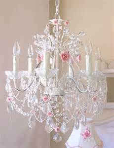 Pretty Chandeliers 35 Best Shabby Chic Bedroom Design And Decor Ideas For 2017