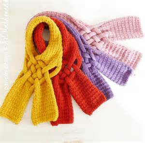 You have to see mustard knit scarf on craftsy