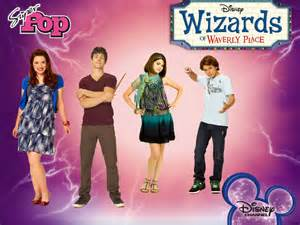 Selena Gomez wizards OF waverly PLACE!!!!!
