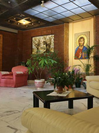 casa re casa d accoglienza piccole ancelle di cristo re roma rom