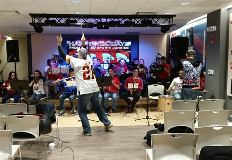 106 7 the fan live eb leads live band in hail to the redskins 171 cbs dc