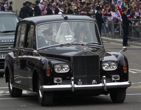 royal rolls royce kate middleton rode to royal wedding in rolls royce phantom vi