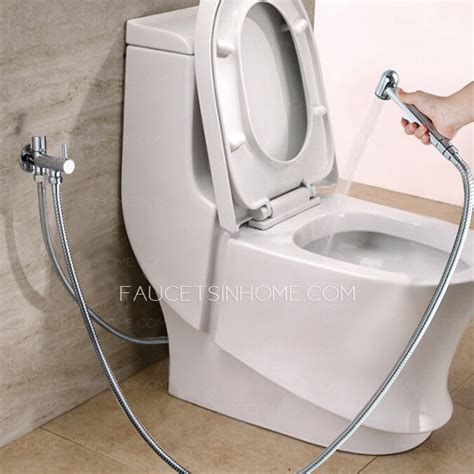 Kran Toilet Classic Held Spray Wall Mounted Bidet Faucet