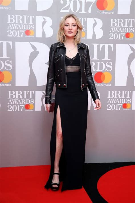 Brit Awards Fashion by Brit Awards 2017 All The Photo 14