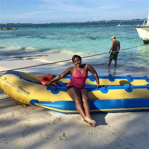 sports fan island reviews waiting to hit the banana boat athol island picture