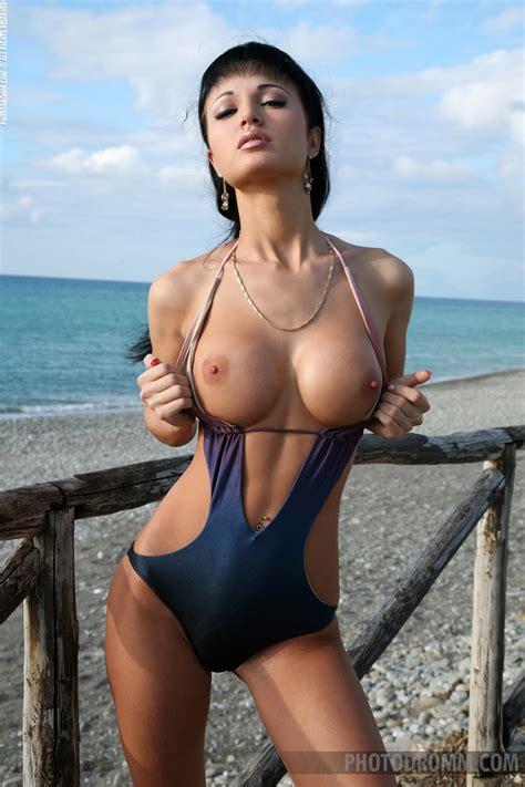 Roxana In Nude Art Photos By Photodromm 12 Photos