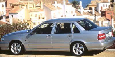 amazoncom  volvo  reviews images  specs vehicles