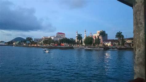 takjub indonesia pantai falajawa ternate maluku utara
