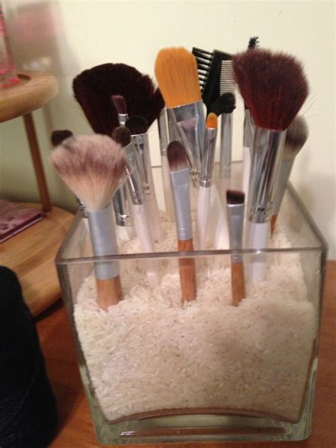Vase Filler For Makeup Brushes diy makeup brush holder i put rice but you can use any