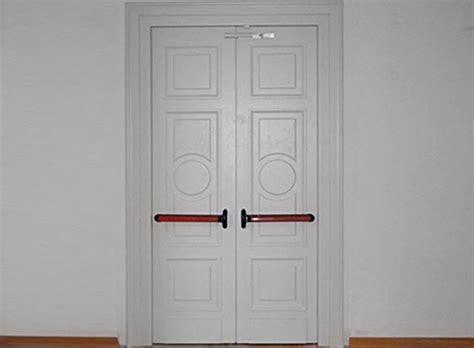 porte tagliafuoco usate porte tagliafuoco in legno fai da te le porte come