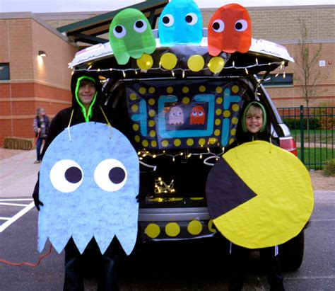 halloween trunk themes pac man trunk or treat played pac man game music on our
