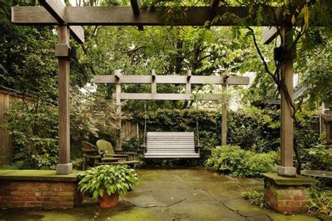 brooklyn swings kim hoyt architect boerum hill brooklyn garden with wood