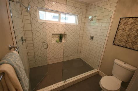 flip flop bathroom hgtv s flip or flop hgtv