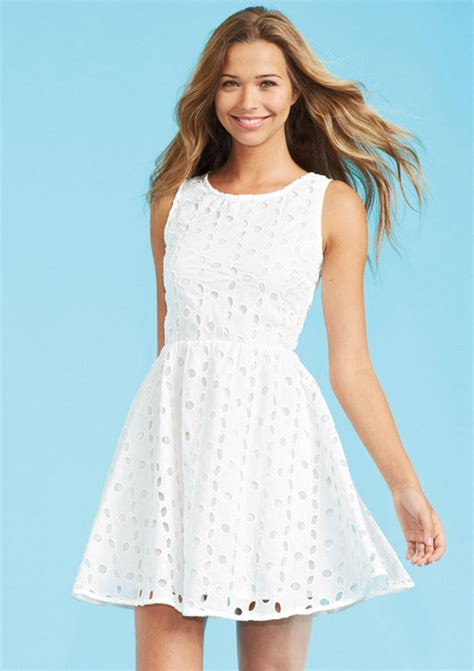 7 Ways To Wear Eyelet by White Eyelet Dress 7 Back To School Dresses That Will