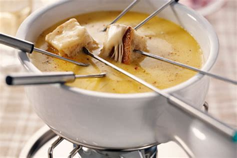 Cheese Fondue | cheese fondue recipe dishmaps