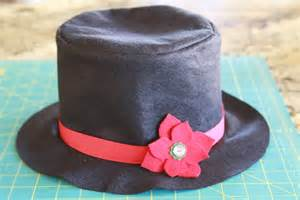 How to make a snowman top hat out of felt