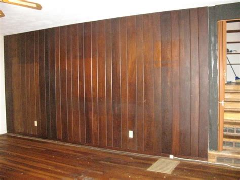 dark wood wall paneling i need ideas for a dark wood paneled wall in living room