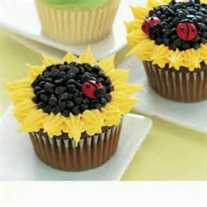 Sunflower cupcakes icing on the cake pinterest