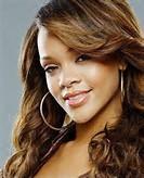Rihanna Height Weight Measurements