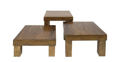 sgabelli di legno noleggio alzate tris di sgabelli in legno