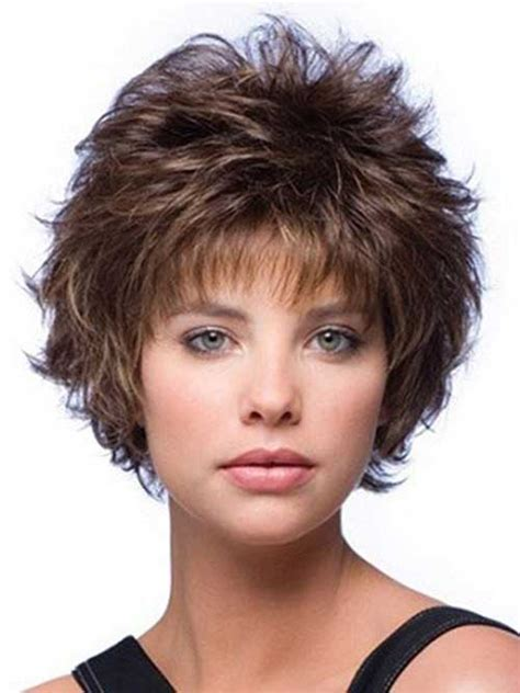 Even Hair Cuts Vs Textured Hair Cuts | 20 no hassle short layered hairstyles for glamorous girls