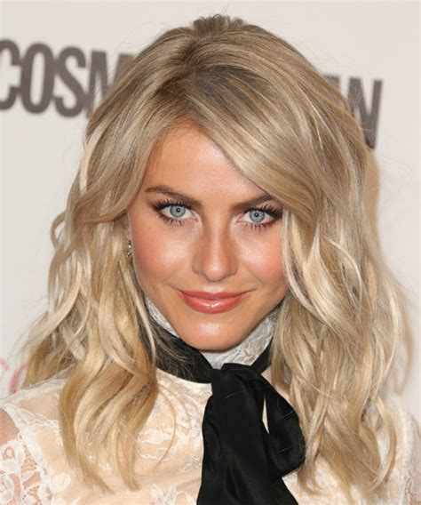 what is up with julianne forhead julianne hough long wavy formal hairstyle with side swept
