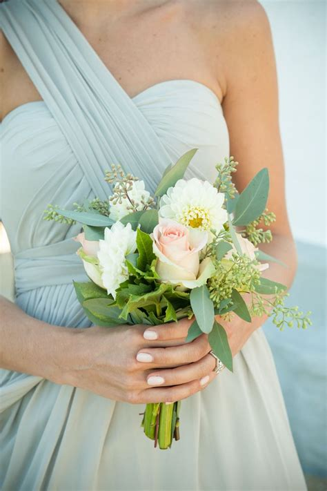 Simple Wedding Bouquets by Best 25 Small Bouquet Ideas On Bridesmaid