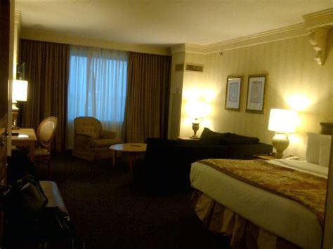 horseshoe tunica room horseshoe tunica premium king room picture of tunica mississippi tripadvisor