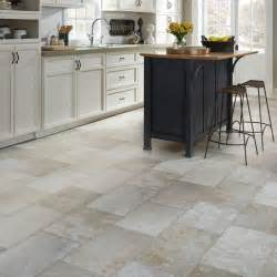 Vinyl Kitchen Flooring Ideas by 25 Best Ideas About Vinyl Flooring Kitchen On