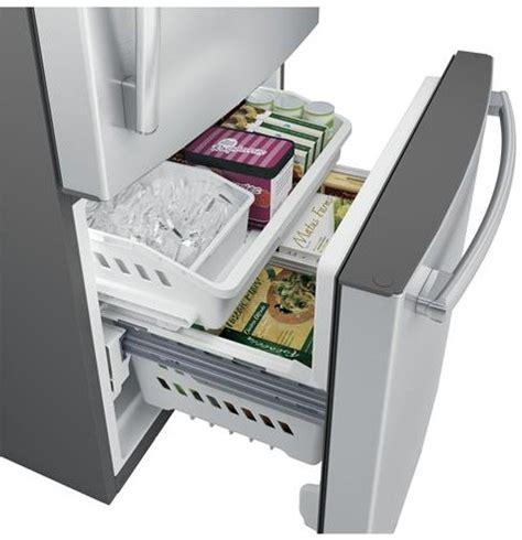 Refrigerator Bottom Freezer Drawer by Gde25eskss Ge 33 Quot Energy 24 9 Cu Ft Bottom Freezer