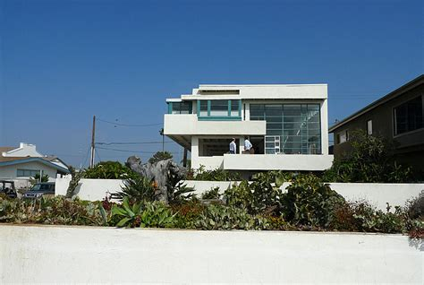 lovell beach house journey to lovell beach house r m schindler 1926