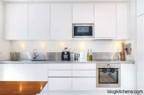 White Contemporary Kitchen Cabinets White Kitchen Cabinets Modern Kitchen Design Kitchen Design Ideas