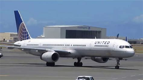 united baggage international united airlines boeing 757 honolulu international airport oahu hawaii