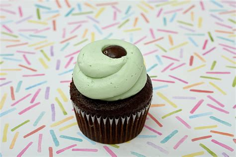 Cupcake Delivery by Gourmet Cupcake Gifts Delivered Across Toronto