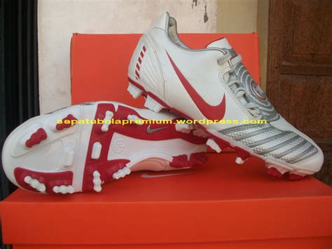 Sepatu Bola Total 90 nike total 90 shoot ii fg sepatu bola sepatu futsal