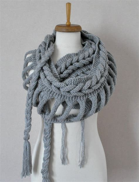 grey knit scarf 301 moved permanently