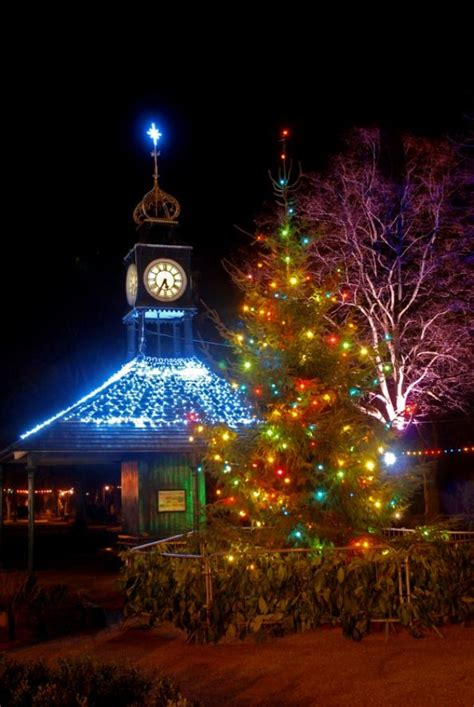 christmas lights around the world places derbyshire
