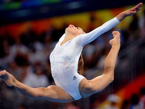 gymnastic oop shawn johnson shawn johnson gymnastics newhairstylesformen2014 com
