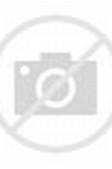 Contoh Model Kebaya Modern Nadine dengan Warna Putih Kombinasi Biru ...