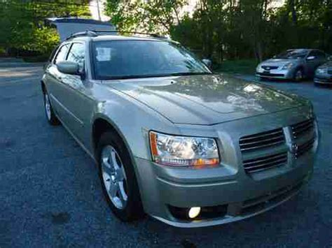 purchase used 2008 dodge magnum sxt wagon 4 door 3 5l awd