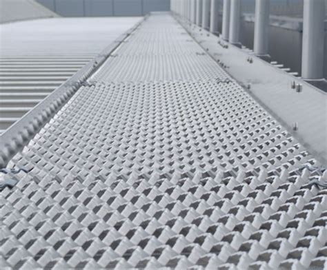 Cladded mild steel expanded mesh for walkways expanded metal