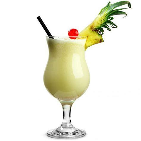 pina colada cocktail pi 241 a colada el mar restaurant
